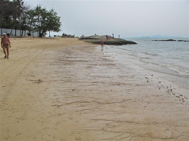 sandy beach pattaya