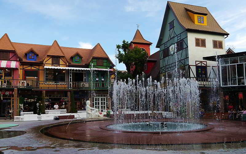 Mimosa City of Love, botique style mall and entertainment center in Pattaya Thailand.