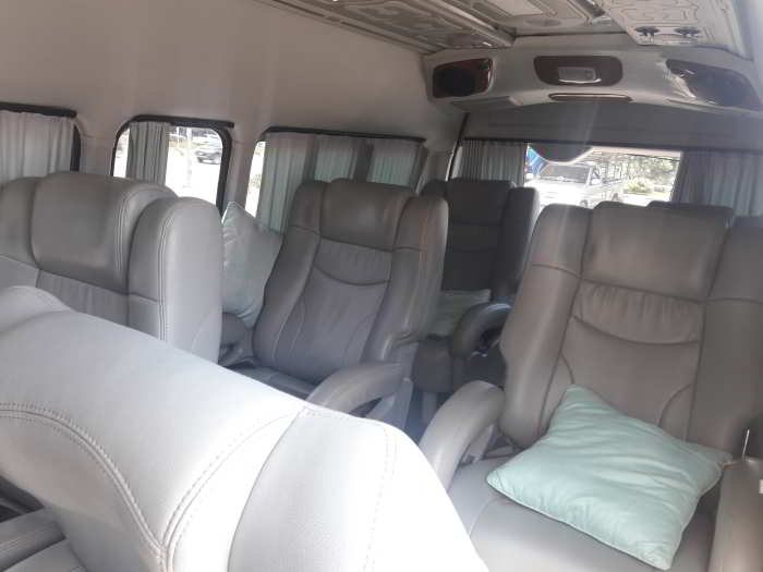 mini van seating