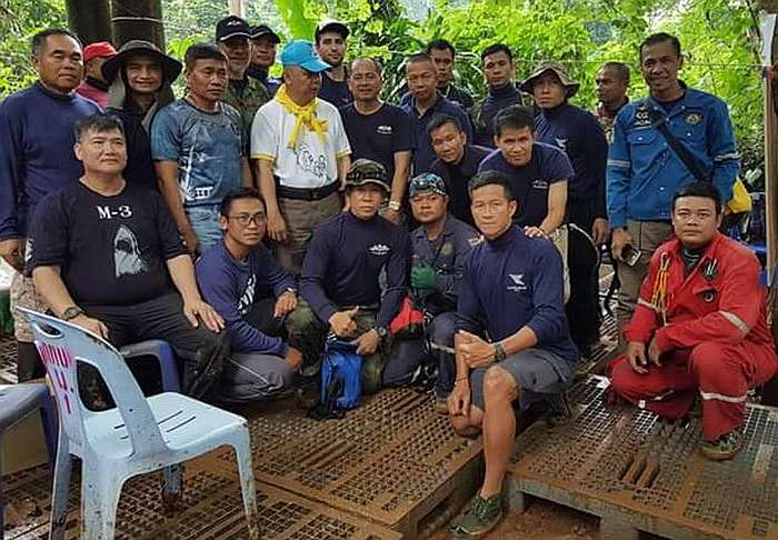 The ex Thai Nay SEAL's dive team at Tham Luang Cave